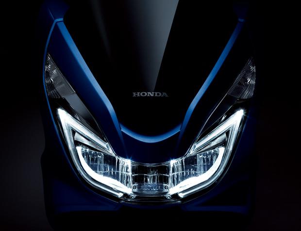 HONDA PCX125 フロントフェイス
